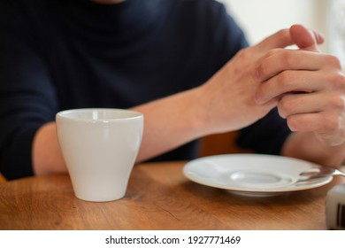 Cold Hands with hot coffee