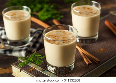 Cold Refreshing Eggnog Drink for the Holidays