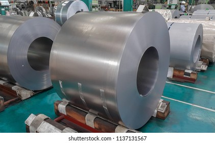 Cold Rolled steel coil straps with steel strapping in warehouse storage, Plate metal sheet industry