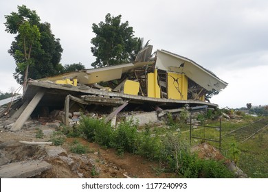 Collapse buildings after earthquake disasters in lombok, Indonesia.