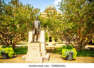 """College Station, Texas, USA - 01 September 2019: . Texas A&M University. Lawrence Sullivan Ross, aka """"Sully"""", in front of Academic Building."""