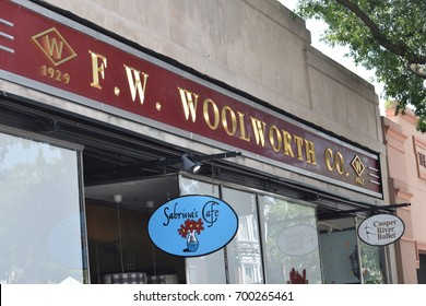 Collingswood, New Jersey - August 20, 2017: The downtown business district of  beautiful  Collingswood has been completely updated. Many new stores and restaurants occupy closed, long forgotten ones.