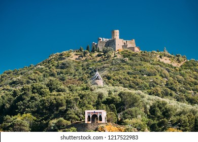 Collioure, France. Fort Saint Elme In Sunny Spring Day. Old Medieval Fortress Saint-elme Is A Military Fort Built Between 1538 And 1552 By Charles V