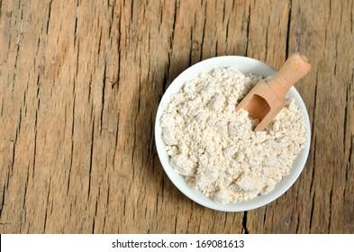 Colloidal Oatmeal for treatment