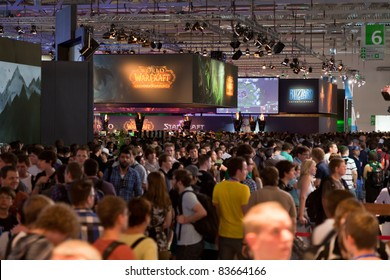 COLOGNE - AUGUST 18:  Huge crowds of gamers gathering at Activision Blizzard and Bethesda Booth at GamesCom 2011, the most important European video games Expo August 18, 2011 in Cologne, DE
