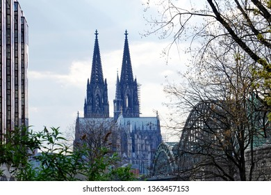 Cologne cathedral seen from the other side of the Rhine in Deutz