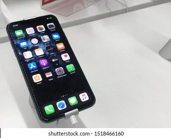 Iphone datování šablony aplikace