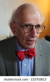 """COLOGNE - GERMANY - JUNE 21, 2009: Nobel Prize winner Eric Kandel discusses with the audience at the film premiere of his documentary film """"In Search of Memory"""" on June 21, 2009 in Cologne, Germany."""