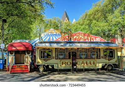 COLOGNE, GERMANY - MAY 8 : Roncalli circus in a park on May 8, 2016.
