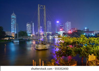 Colombo Beira Lake, Skyline And Modern Skyscrapers.  Beira Lake Is A Large Lake In The Heart Of The City Of Colombo That Surrounded By Many Large Businesses In The City
