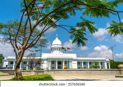 COLOMBO, SRI LANKA - FEBRUARY 27,2015. Colombo city town hall building, the headquarters of Colombo and Viharamahadevi Park, the oldest and largest park In The Heart Of The City Of Colombo