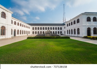 COLOMBO, SRI LANKA - JANUARY 28, 2017: The Independence Arcade building has built by renovating an old hospital. Now became one of the major tourist attraction in Colombo. Colombo on 28 January.