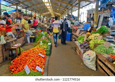 Colombo, Sri Lanka, March 29, 2018 - The fruit and vegetable section of the Federation of Self-Employees Market (FoSE Market) in the Pettah Market neighborhood. It's also known as Manning Market.