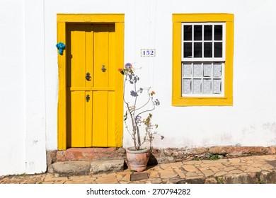 colonial door in Tiradentes, MG, Brazil / colonial door / colonial door