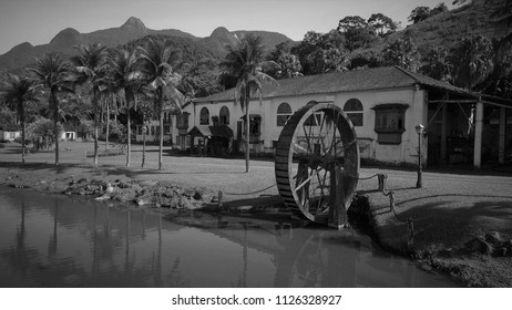 Colonial Farmhause and Whell