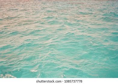 color blue ocean