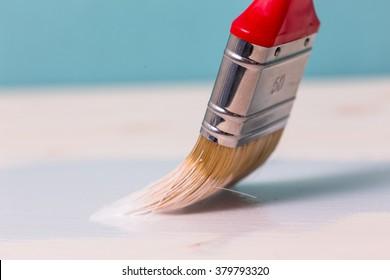Color brush with paint pot