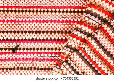 Color of fabric warping.