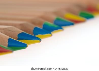 Color lead pencils