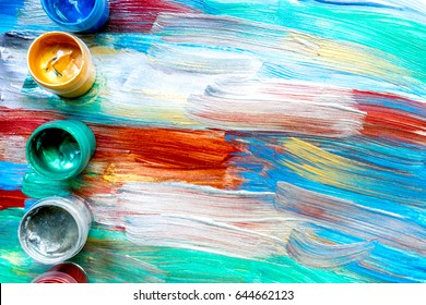 Color oil painting texture with paint pallete for bright background