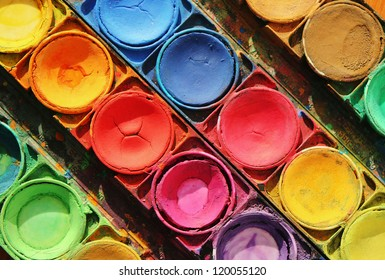 Color paints