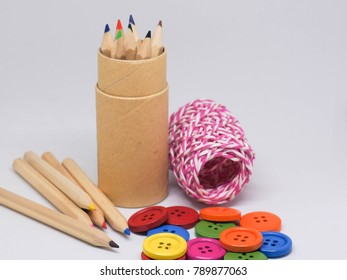 color pencil yarn and button