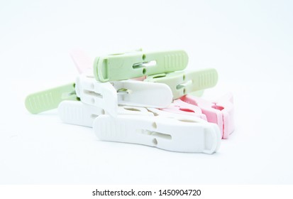color plastic clothes pin for drying clothes