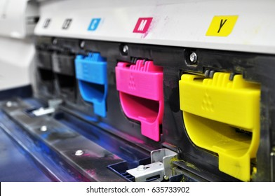 Color toners in the digital printer