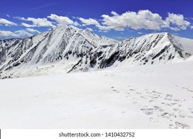 Colorado 14er Torreys Peak and beautiful high altitude alpine landscape with snow capped peaks, Rocky Mountains