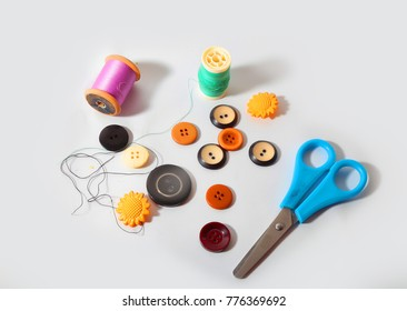 colored buttons and yarns