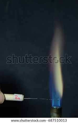 Stock Fotografie Na Tema Colored Fire Caused By Element Barium K
