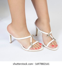 colored heel shoes with woman model shoot in amman 20-2-2019