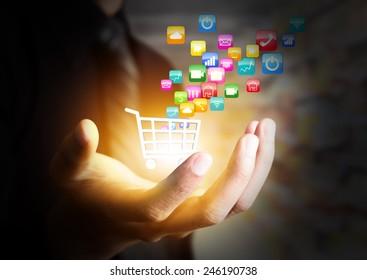 Colorido concepto de icono de aplicación y el carro de la compra