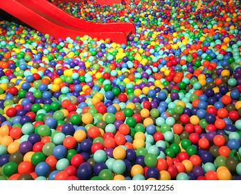 colorful ball bath for children