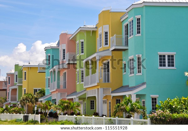 colorful-beach-condominiums-sale-lease-6