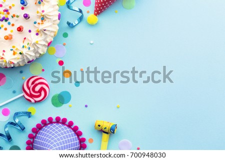 colorful birthday party background birthday cake の写真素材 今すぐ