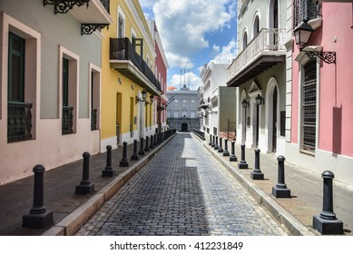 Colorful buildings on Calle Fortaleza & Governor's Mansion in Old San Juan, Puerto Rico