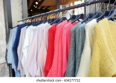 Colorful cashmere pullover
