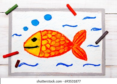 Colorful drawing: Goldfish in water, smiling fish