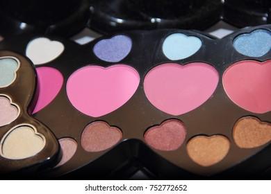 colorful eyeshadow makeup