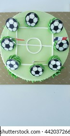colorful  football birth day cake for champion