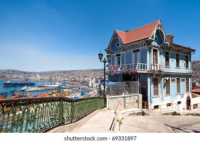 Colorful house in Valparaiso, Chile with view on the port. UNESCO World Heritage.