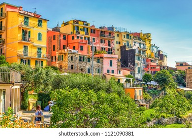 colorful houses in Italian Five Lands