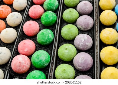 "colorful Japanese dessert called ""mochi"""