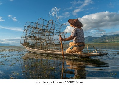 Myanmar Lifestyle Images, Stock Photos & Vectors | Shutterstock