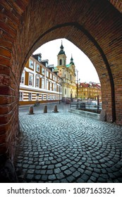 Colorful medieval buildings at the iconic old town of Warsaw, Poland.