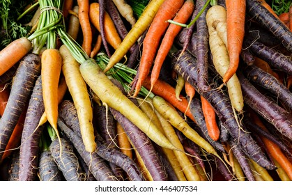 Colorful organic carrots at a local farmers market.