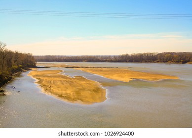 Colorful photo of sandbars on the Missouri River in Chesterfield Missouri.