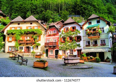 Colorful and picturesque village square in Hallstatt, Austria