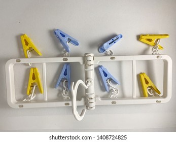 colorful plastic cloth clips hanger set for travelling